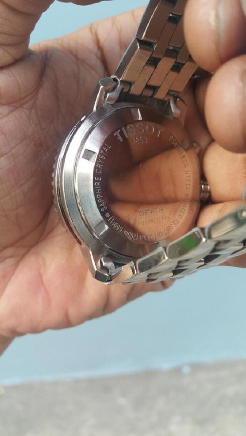 Đồng hồ tissot PRS 200 chính hãng thụy sỹ