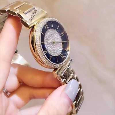 Cần bán đồng hồ Michael kors nữ