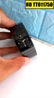 Đồng hồ đeo tay mặt vuông có gì đặc biệt?
