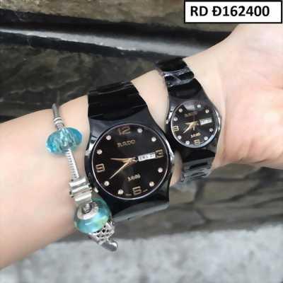 Đồng hồ đeo tay cặp đôi quà tặng tuyệt vời nhất cho mùa Giáng Sinh