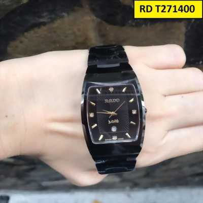 Đồng hồ nam mặt chữ nhật thể hiện phong cách mạnh mẽ khỏe khoắn