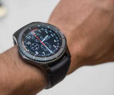 Đồng hồ thông minh Gear S3 Frontier