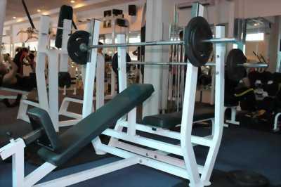 Bộ dụng cụ phòng gym