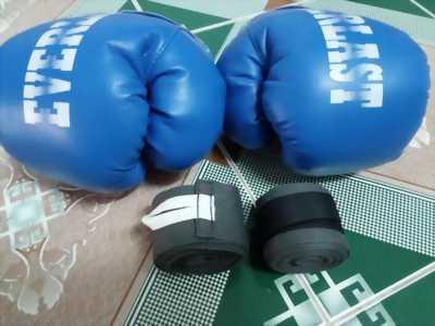 Găng tay boxing và băng quấn tay boxing