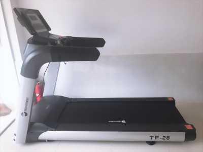 Máy chạy bộ tiêu chuẩn phòng gym TF-28.