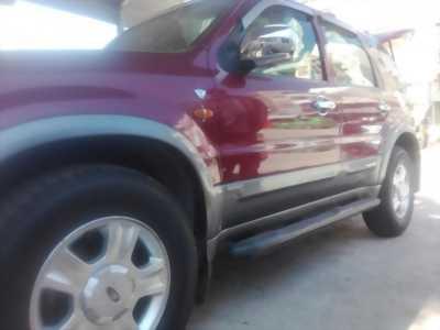 Cần bán xe Ford Escape đời 2003 nhập khẩu chính hãng