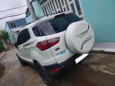 Cần bán xe Ford Ecosport 2017 Titanium số tự động màu trắng