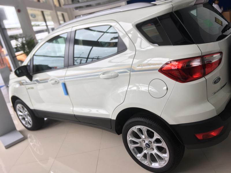 ECOSPORT  2019 giá ưu đãi trong tháng giao xe ngay