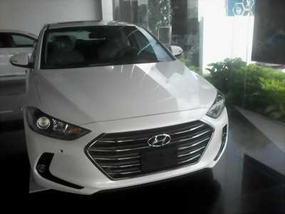 Hyundai Elantra 2017 1.6MT
