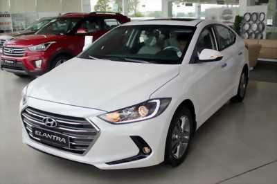 Hyundai Elantra ckd 2018 màu đen, giá tốt, Thanh Trì