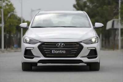 Hyundai Elantra ckd 2018 màu trắng, đủ màu, Thanh Trì