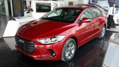 Xe Hyundai Elantra Sport 2018 thế hệ mới màu Đỏ