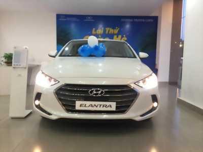 Hyundai Elantra 2017 Mới 100% Đủ màu