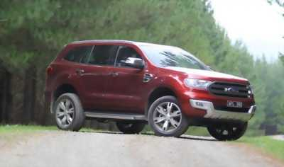 Ford Everest 2.2 TITANIUM .
