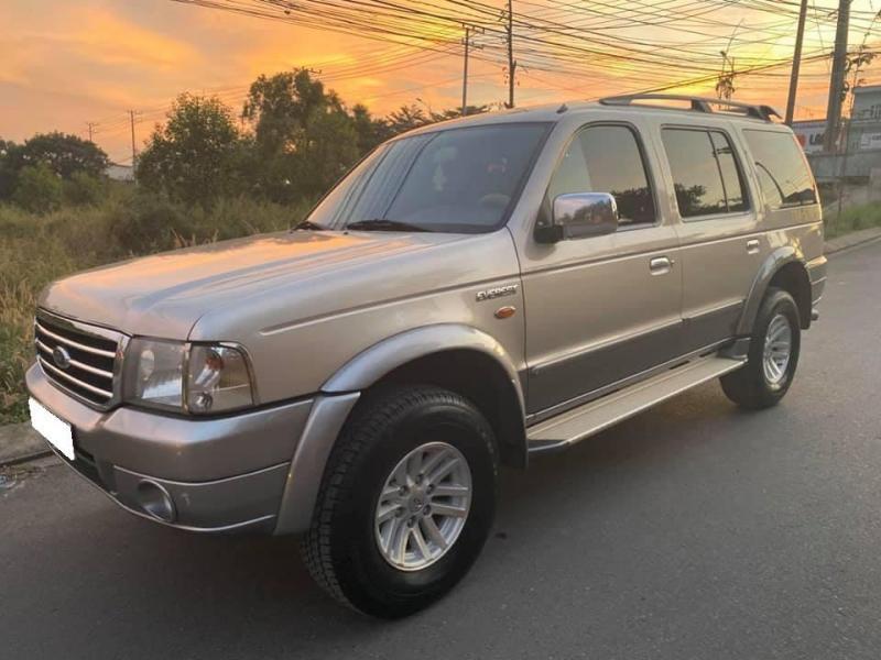 Cần bán xe Everest 2007, số sàn, máy dầu, màu hồng phấn