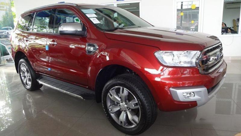 Cần bán nhanh xe Ford Everest 2.2 Trend AT 2017, nhập khẩu.