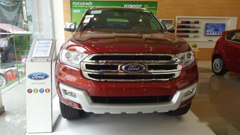 Bán xe 7 chỗ Ford Everest Trend 2017