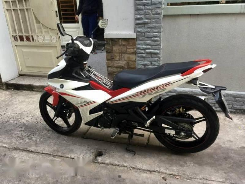 Bán xe Exciter 150cc màu trắng đỏ