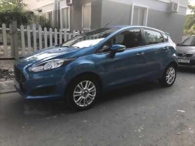 Ra đi gấp giá shock em Ford Fiesta Blue 2014 deal đẹp, giá cả thương lượng và có fix