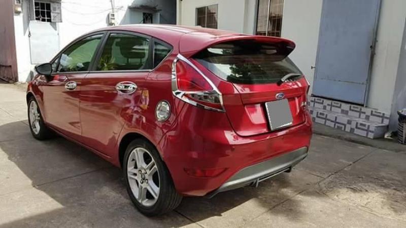 Bán nhanh Ford Fiesta 1.5  tự động 2012 màu đỏ