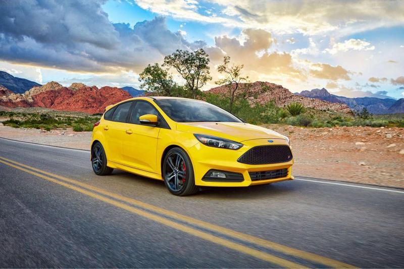 Bảng giá xe Ford 4 chỗ mới nhất cập nhật tháng 8/2017