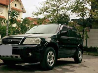 Gia đình cần bán Ford Escape 2005 số tự động 3.0, màu đen