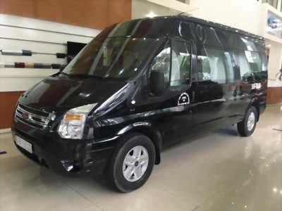 Transit Limousine , tặng ngay màn hình và Cửa điện