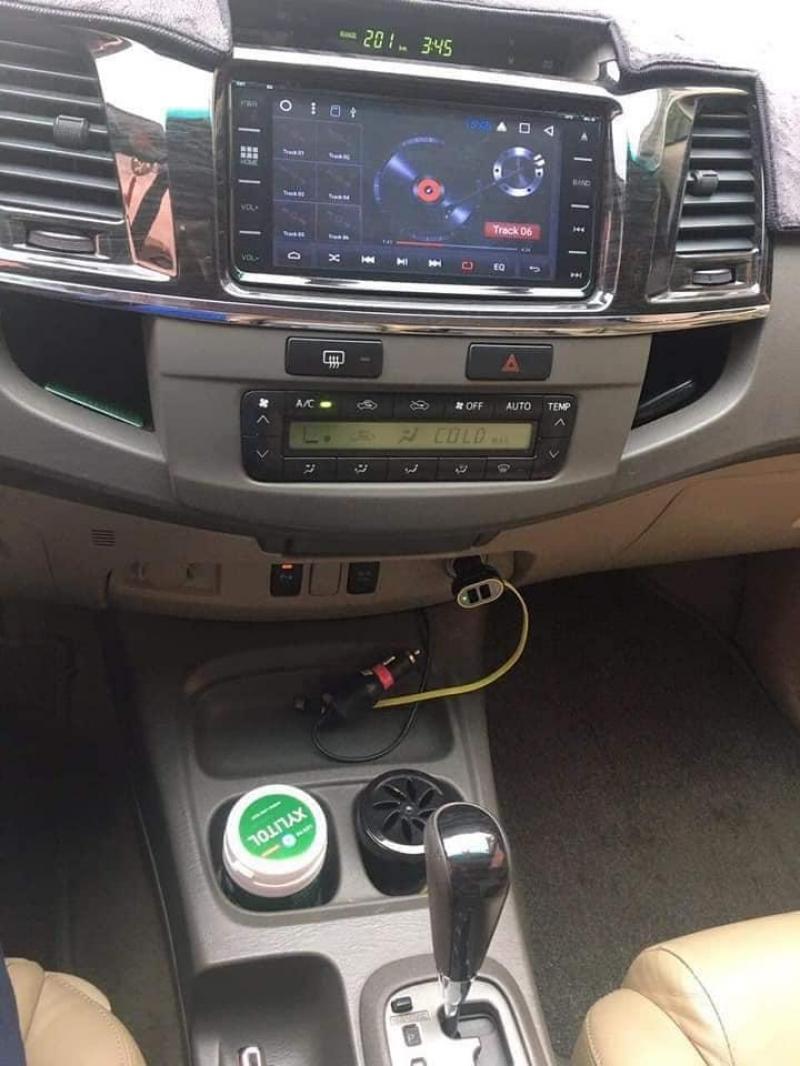 Cần bán xe Fortuner 2013, số tự động máy xăng, màu xám trì,