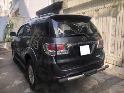 Bán Toyota Fortuner V 2013