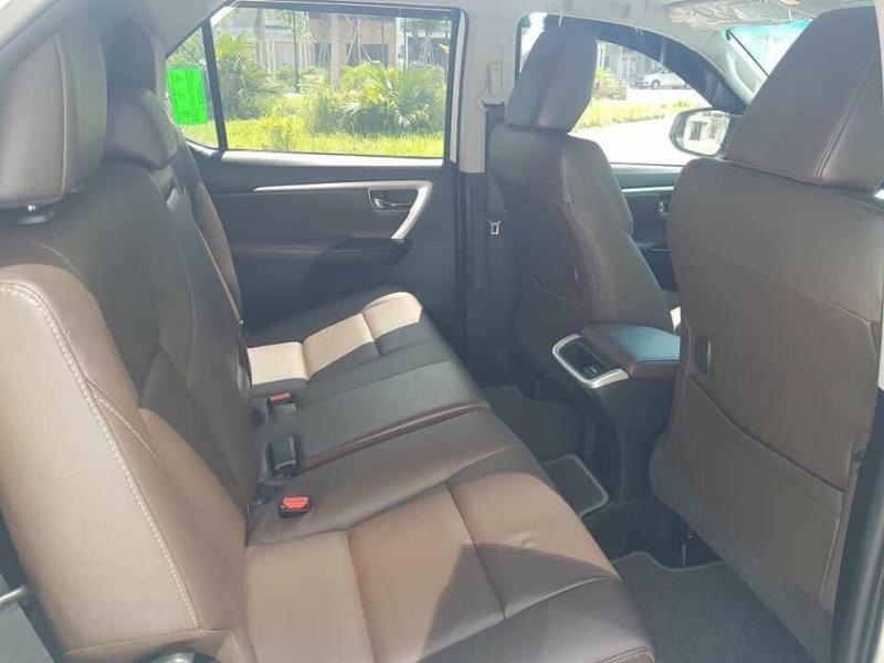 Gia đình cần bán xe Fortuner 2017, số tự động, máy xăng