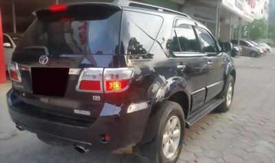 Bán xe Toyota  Fortuner đời 2010 số sàn máy dầu