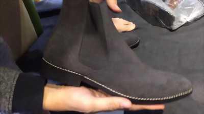 Boot da lộn size 42