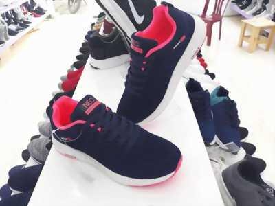 Giày xanh đen hồng