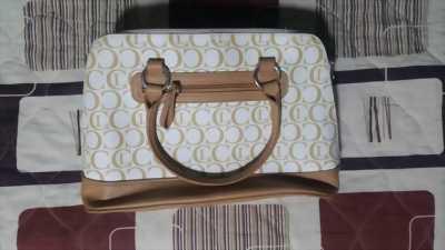 Túi xách thời trang.