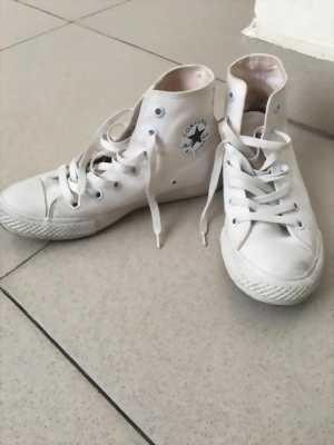 Cần bán giày Converse new 98%