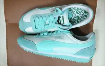 Thanh lí giày thể thao nữ và túi xách