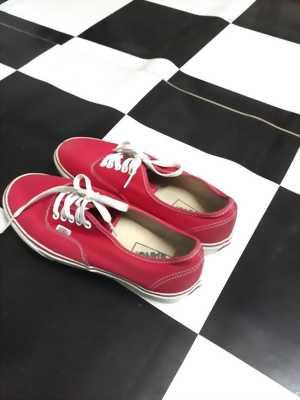 Giày Vans đỏ. Nam nữ đều mang được. Hàng thiệt 100% tại q.6