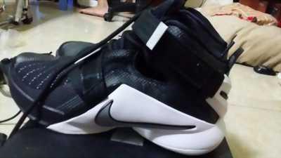 Bán Nike Lebron giá 3tr