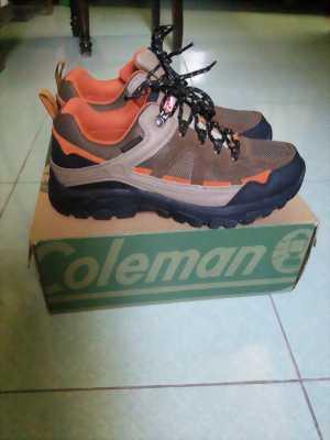 Giày hiệu Coleman