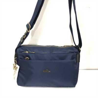 Túi đeo vải dù mịn khóa đồng nhiều ngăn kipling 000412