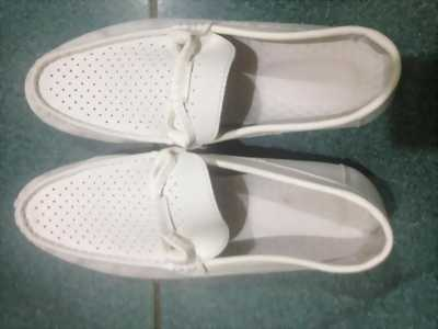 Thanh lí giày chất lượng