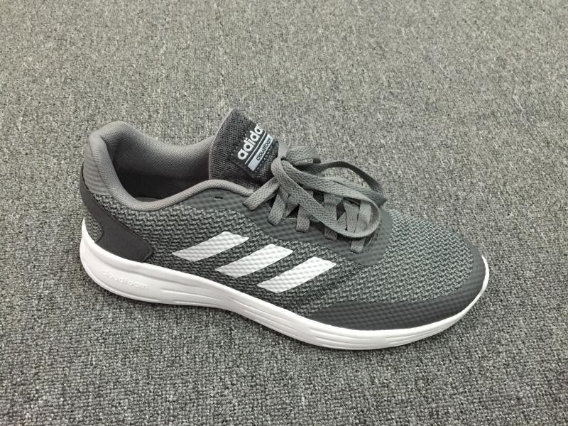 Giày Adidas Cloudfoam chính hãng cho bạn nam