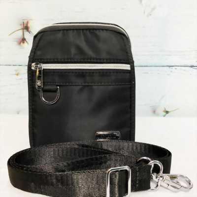 Túi đeo chéo vải dù màu đen phối dây kéo bạc sáng TDC0004