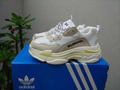 Giày Balenciaga hàng replice 1:1