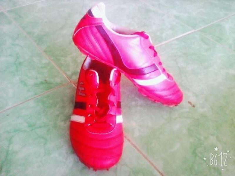 Giày Đá Bóng Prowin- Giá Rẻ - Chất Lượng Tốt - Size 36