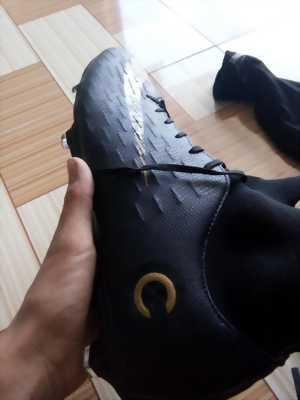 Giày cr7