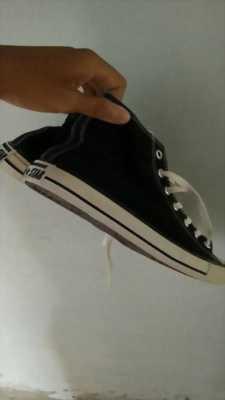 cần bán giày coverse