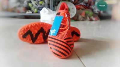 Giày bóng đá Adi Nemeziz Cam Đế TF