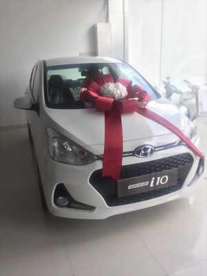 Mua xe Hyundai I10 Chạy grab - tặng ip7 plus + 1 chỉ vàng