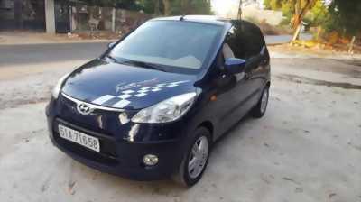 Cần bán lại xe hyundai i10 máy 1.2 số tự động, đời 2010 giá bao rẻ